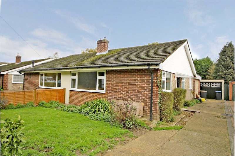 3 Bedrooms Semi Detached Bungalow for sale in Sandy Road, Addlestone, Surrey, KT15