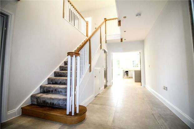 4 Bedrooms Detached House for sale in Canford Cliffs, Poole, Dorset, BH13