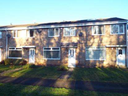 3 Bedrooms Terraced House for sale in Hogarth Drive, Washington, Tyne and Wear, NE38