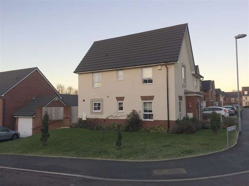 4 Bedrooms Property for sale in Rayleigh Close, Radcliffe, Manchester