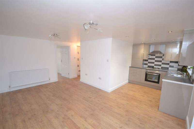 1 Bedroom Bungalow for sale in First Avenue, Watford, Herts