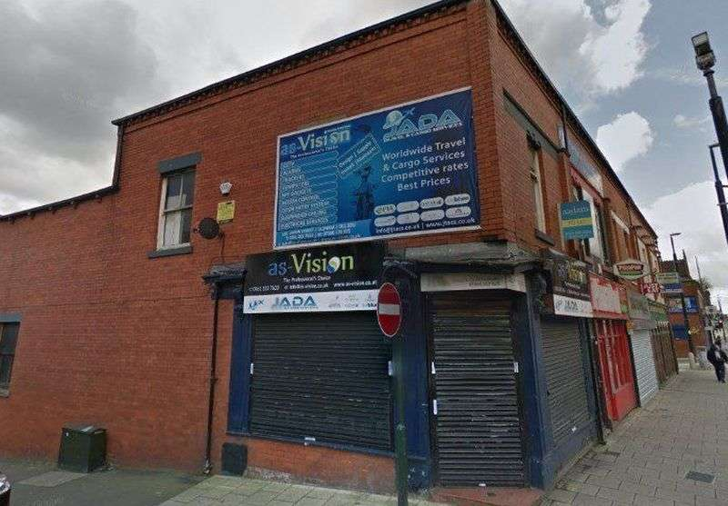 5 Bedrooms Property for sale in Union Street, Oldham