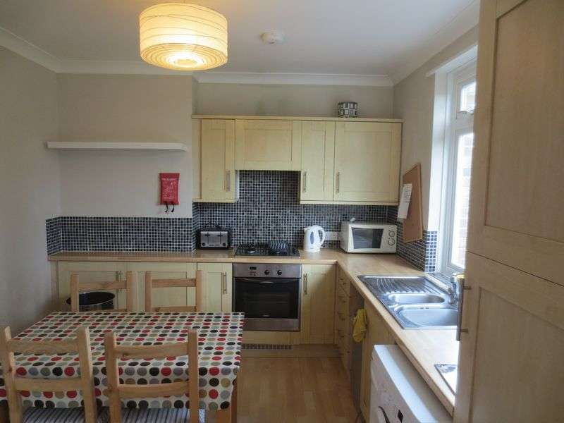 4 Bedrooms House for rent in Ladysmith Road, Brighton