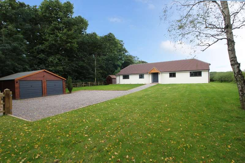 4 Bedrooms Detached Bungalow for sale in Coolham Road, West Chiltington