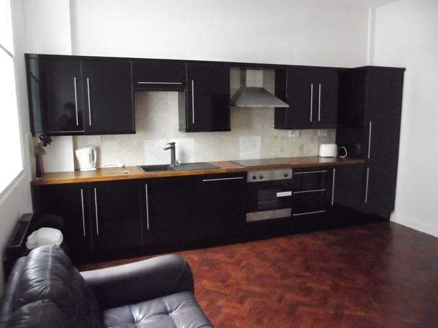 1 Bedroom Apartment Flat for sale in Jameson Street, Hull, HU1 3HR