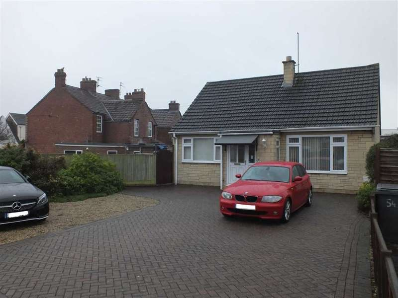2 Bedrooms Detached Bungalow for sale in Islington, Trowbridge, Wiltshire, BA14