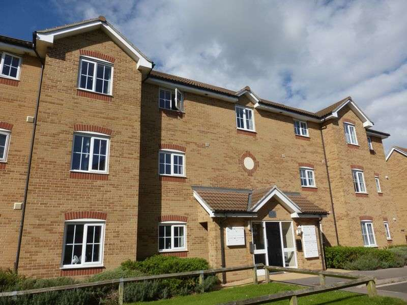 2 Bedrooms Flat for sale in Percivale Road, Yeovil