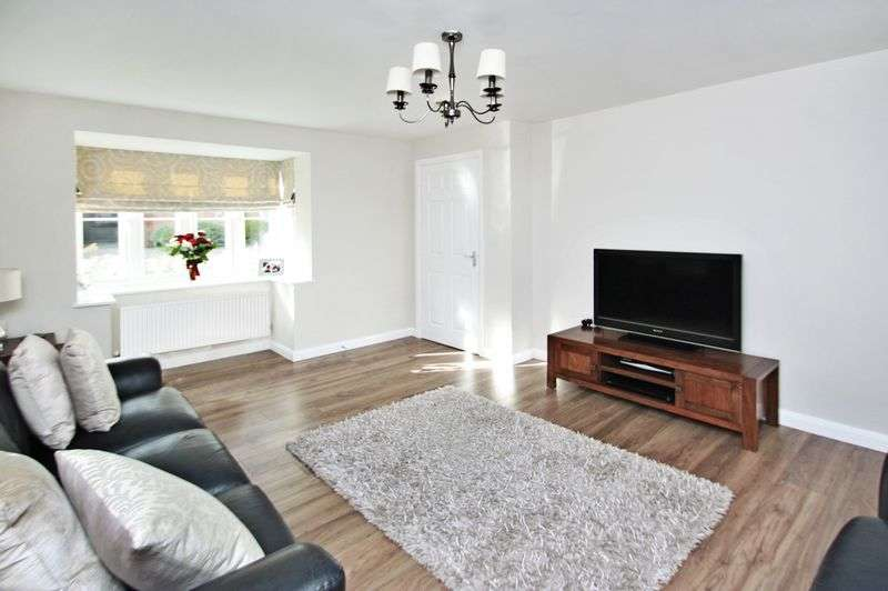 3 Bedrooms House for sale in Ebberton Close, Hemsworth