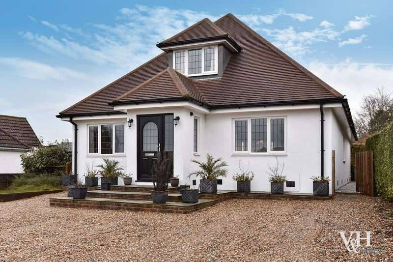 4 Bedrooms Detached Bungalow for sale in Crabtree Lane, Bookham