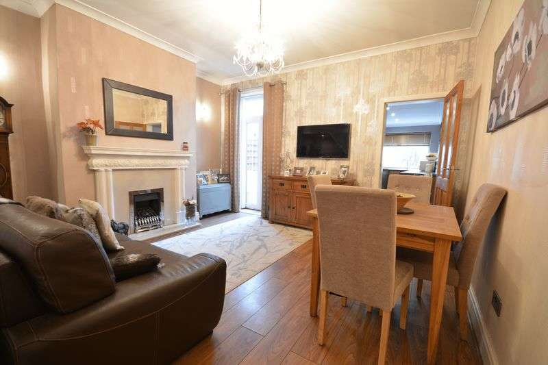 2 Bedrooms Terraced House for sale in Manchester Road, Baxenden