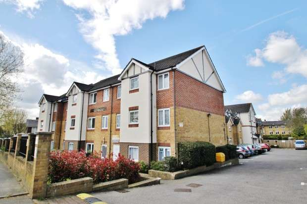 1 Bedroom Retirement Property for sale in Kingswood Court 175 Chingford Mount Road, Chingford, E4