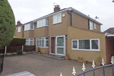 4 Bedrooms Semi Detached House for rent in Speedwell Drive Barnston