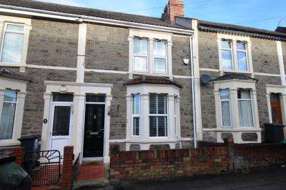2 Bedrooms Terraced House for sale in Kensington Road, Staple Hill, Bristol