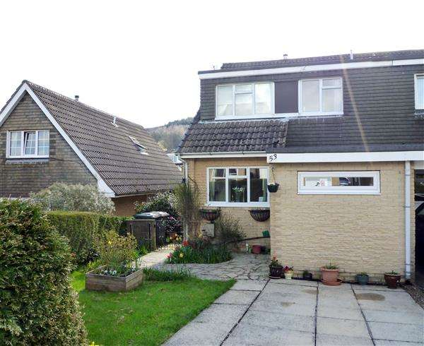 3 Bedrooms Semi Detached House for sale in Warneford Road, Cowlersley, Huddersfield