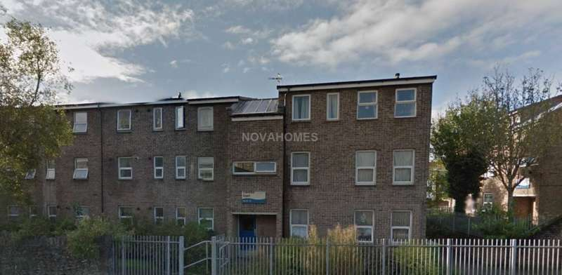2 Bedrooms Flat for sale in Clarence Court, Stonehouse, PL1 3JZ