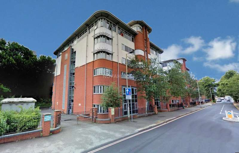 1 Bedroom Flat for sale in Central Park Avenue, Plymouth, PL4 6NQ