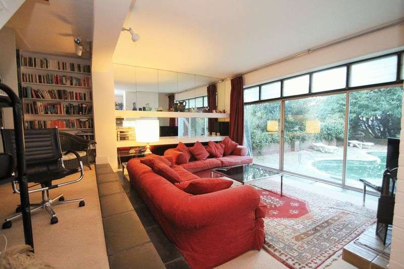 8 Bedrooms Detached House for sale in Egypt Hill, Cowes