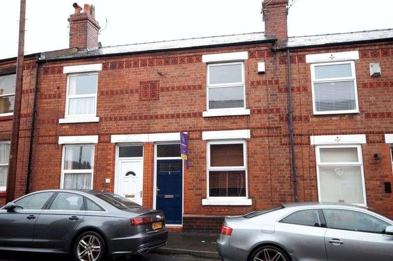 2 Bedrooms Terraced House for sale in Chapel Lane, Stockton Heath, WA4