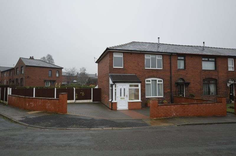 3 Bedrooms Terraced House for sale in Springfield Avenue, Littleborough