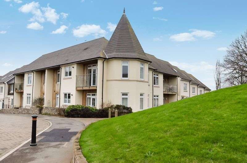 2 Bedrooms Flat for sale in SHARKHAM COURT BRIXHAM
