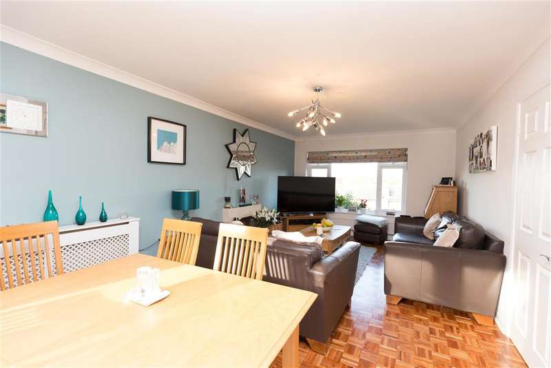 4 Bedrooms Detached House for sale in Cheeleys, Horsted Keynes, Haywards Heath, West Sussex