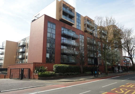 1 Bedroom Apartment Flat for sale in Westgate House London Road, Isleworth, TW7