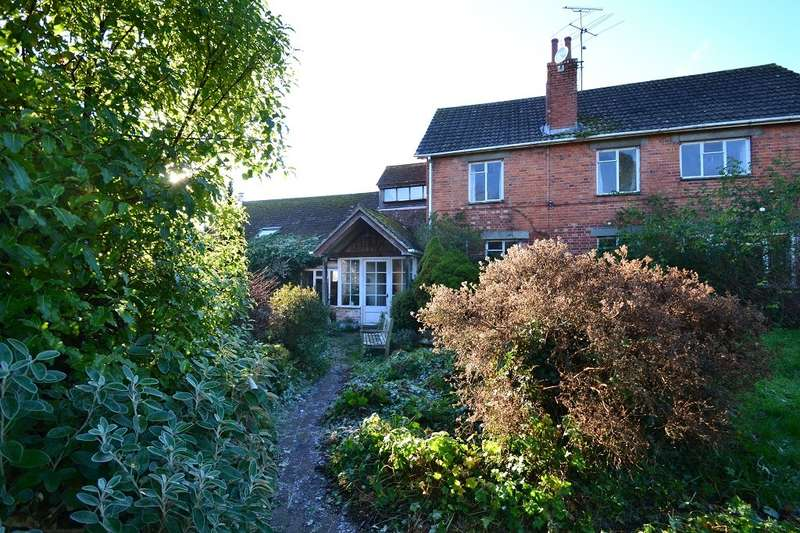 4 Bedrooms Barn Conversion Character Property for sale in Iwerne Minster