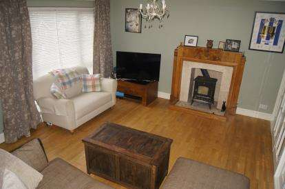 3 Bedrooms Detached House for sale in Southcliffe Road, Carlton, Nottingham