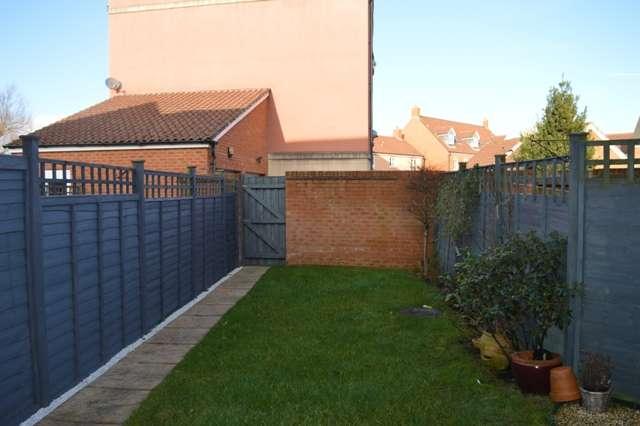3 Bedrooms Terraced House for sale in Worle Moor Road, Weston Village, Weston-super-Mare