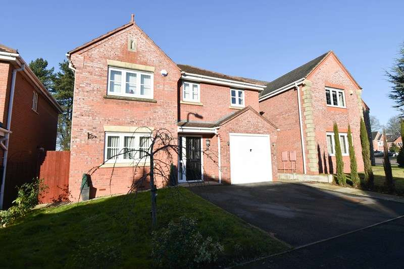 4 Bedrooms Detached House for sale in Appletrees Crescent, Bromsgrove