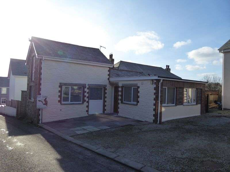 2 Bedrooms Cottage House for sale in Trefrew Road, Camelford