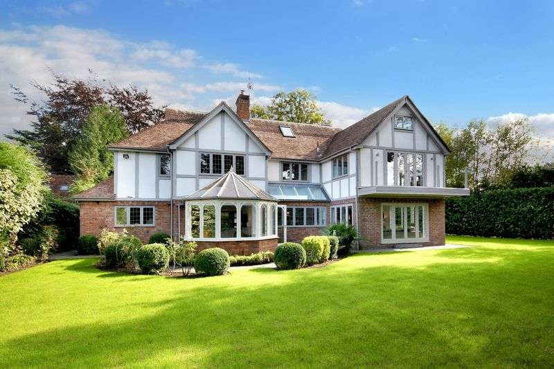 6 Bedrooms Property for sale in Burkes Road, Beaconsfield