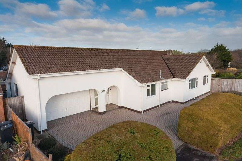 4 Bedrooms Detached Bungalow for sale in Wareham