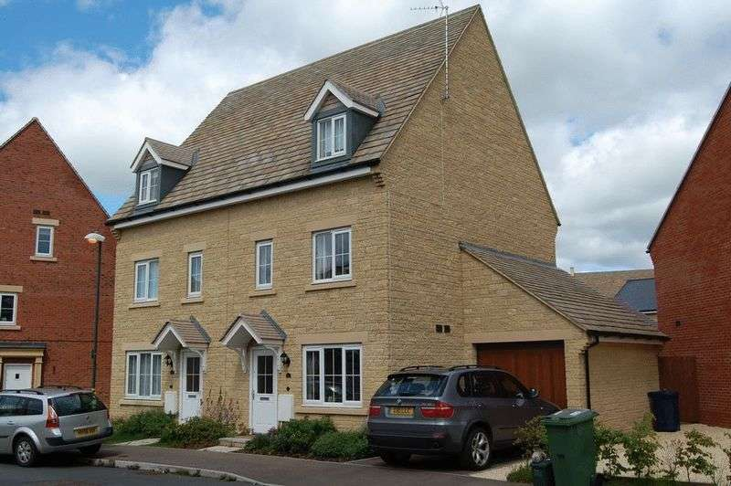 3 Bedrooms Semi Detached House for sale in Greenacre Way, Cheltenham
