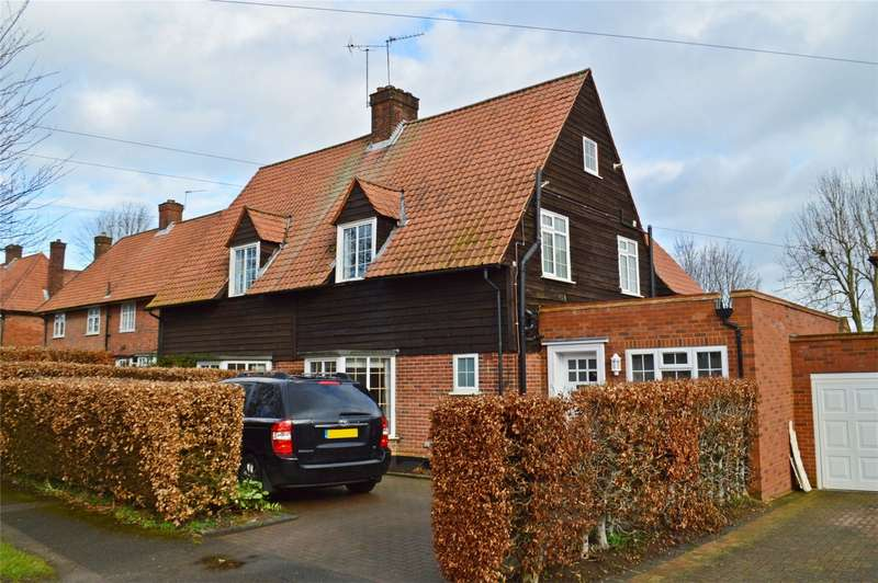 4 Bedrooms Semi Detached House for sale in Blakemere Road, WELWYN GARDEN CITY, Hertfordshire