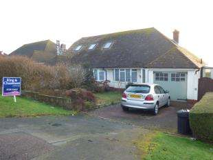 2 Bedrooms Bungalow for sale in Rodmell Avenue, Saltdean, Brighton, East Sussex