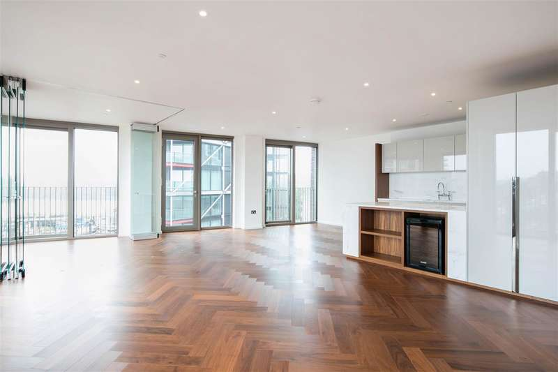 3 Bedrooms Flat for sale in Capital Building, Embassy Gardens, 8 New Union Square, Nine Elms, London SW11