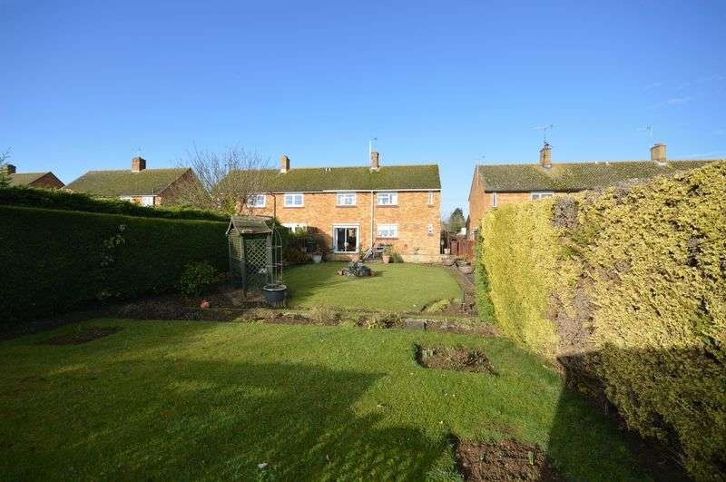 3 Bedrooms Semi Detached House for sale in Haddenham