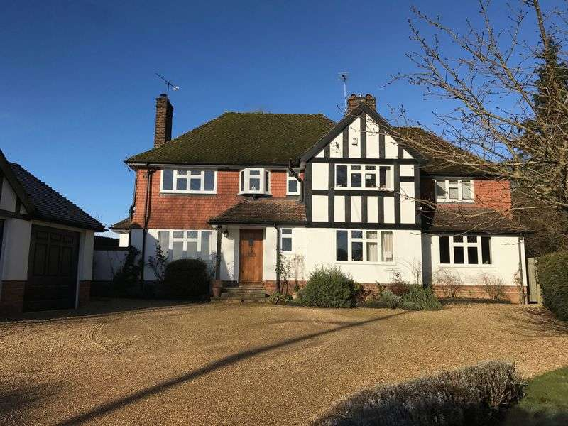 4 Bedrooms Detached House for sale in Byslips Road, Dunstable