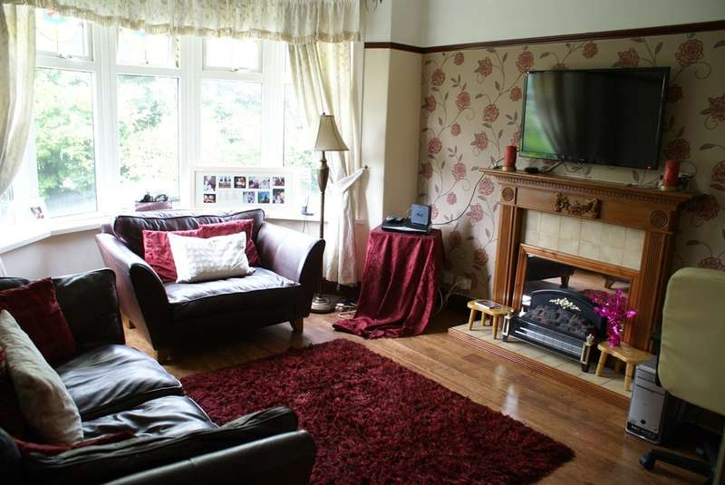4 Bedrooms Semi Detached House for sale in Newport Road, Rumney, Cardiff