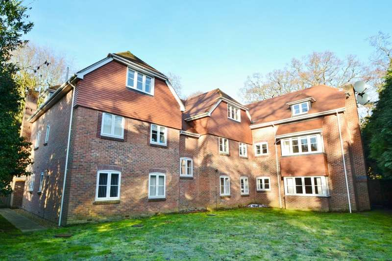 2 Bedrooms Flat for sale in Bassett
