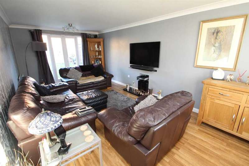 5 Bedrooms Detached House for sale in The Combers, Grange Farm, Kesgrave, Ipswich