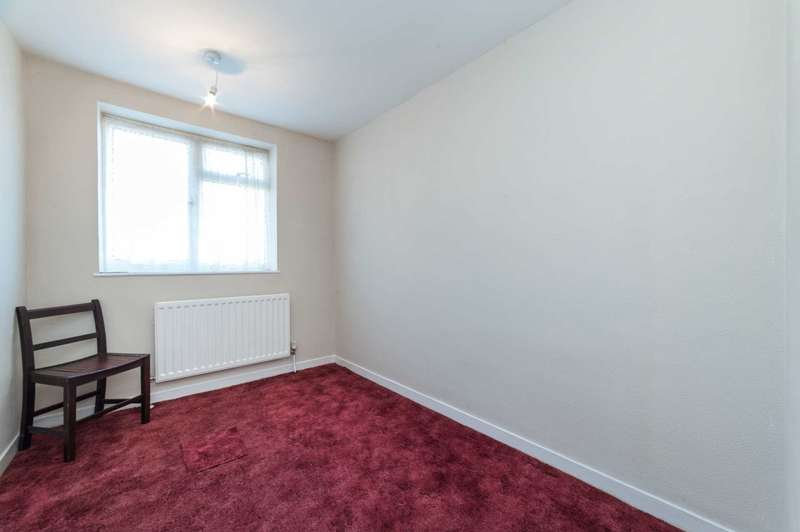 4 Bedrooms Terraced House for sale in Bennetts End, Hemel Hempstead