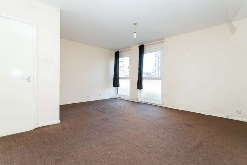 3 Bedrooms Flat for sale in Wyndham Road, Wyndham Estate, Camberwell, SE5