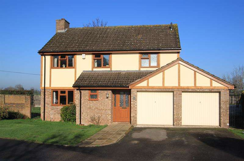 4 Bedrooms Detached House for sale in Silver Birches, Ross-On-Wye