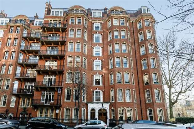 5 Bedrooms Flat for sale in Oakwood Court, London