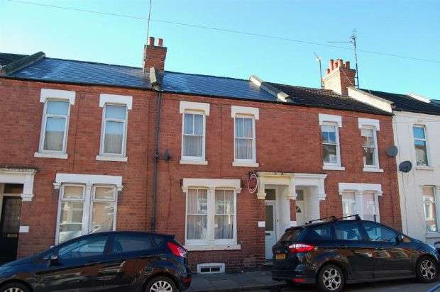 2 Bedrooms Terraced House for sale in Manfield Road, Abington, Northampton NN1 4NW