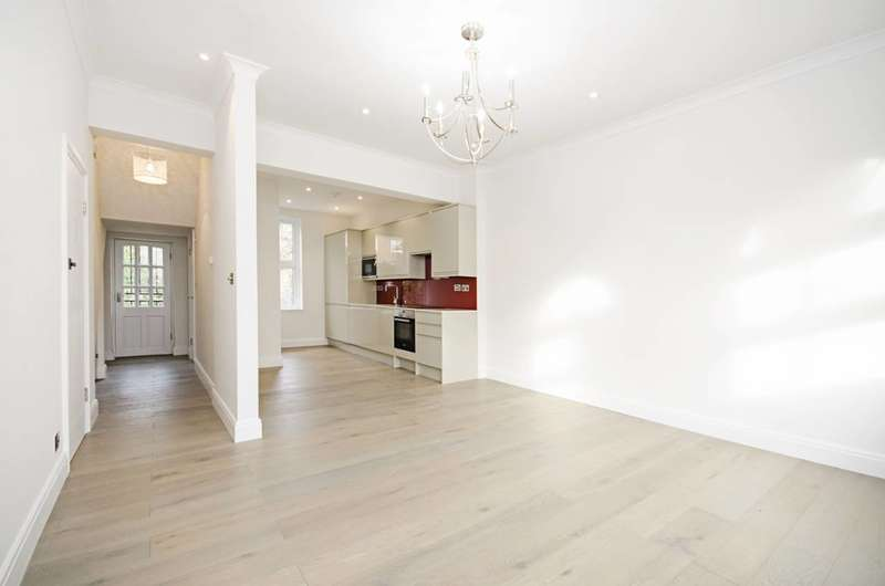 3 Bedrooms Maisonette Flat for sale in Median Road, Clapton, E5