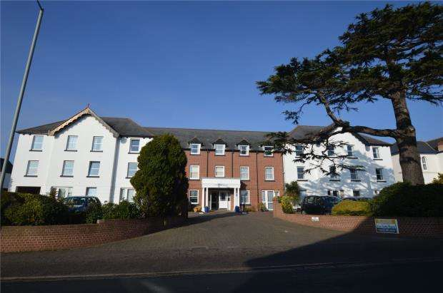 2 Bedrooms Flat for sale in Hamilton Court, Salterton Road, Exmouth, Devon