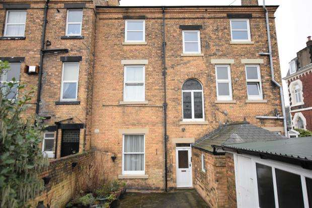 3 Bedrooms Apartment Flat for sale in Westwood, Scarborough, North Yorkshire YO11 2JD